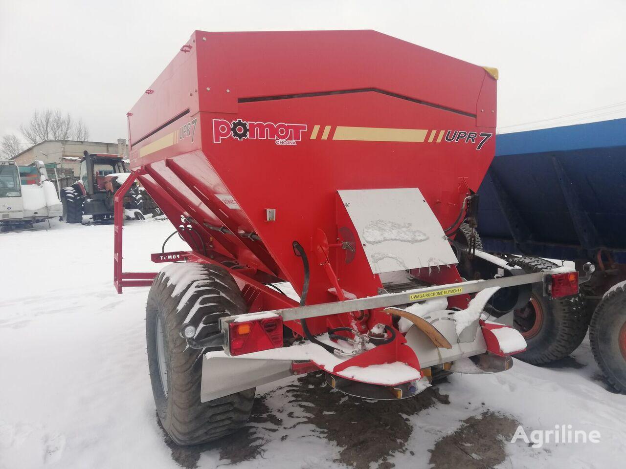 POMOT UPR 7 trailed fertilizer spreader