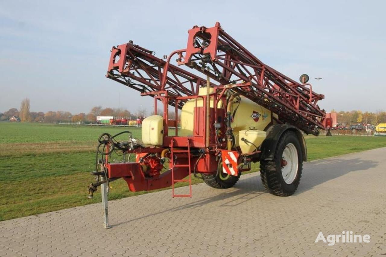 HARDI COMMANDER 4200 trailed sprayer