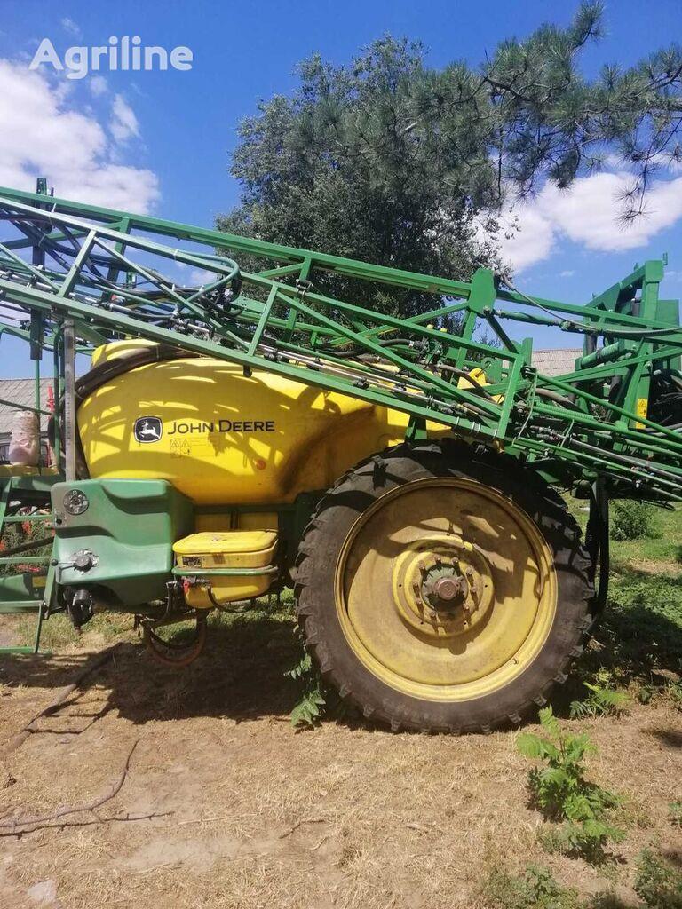 JOHN DEERE 732 TRSP700 trailed sprayer