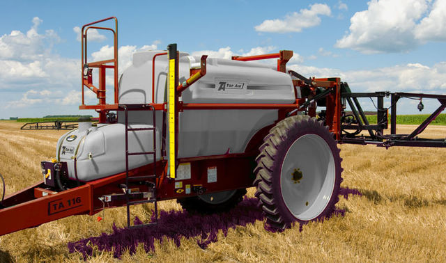 Top Air 1600 trailed sprayer