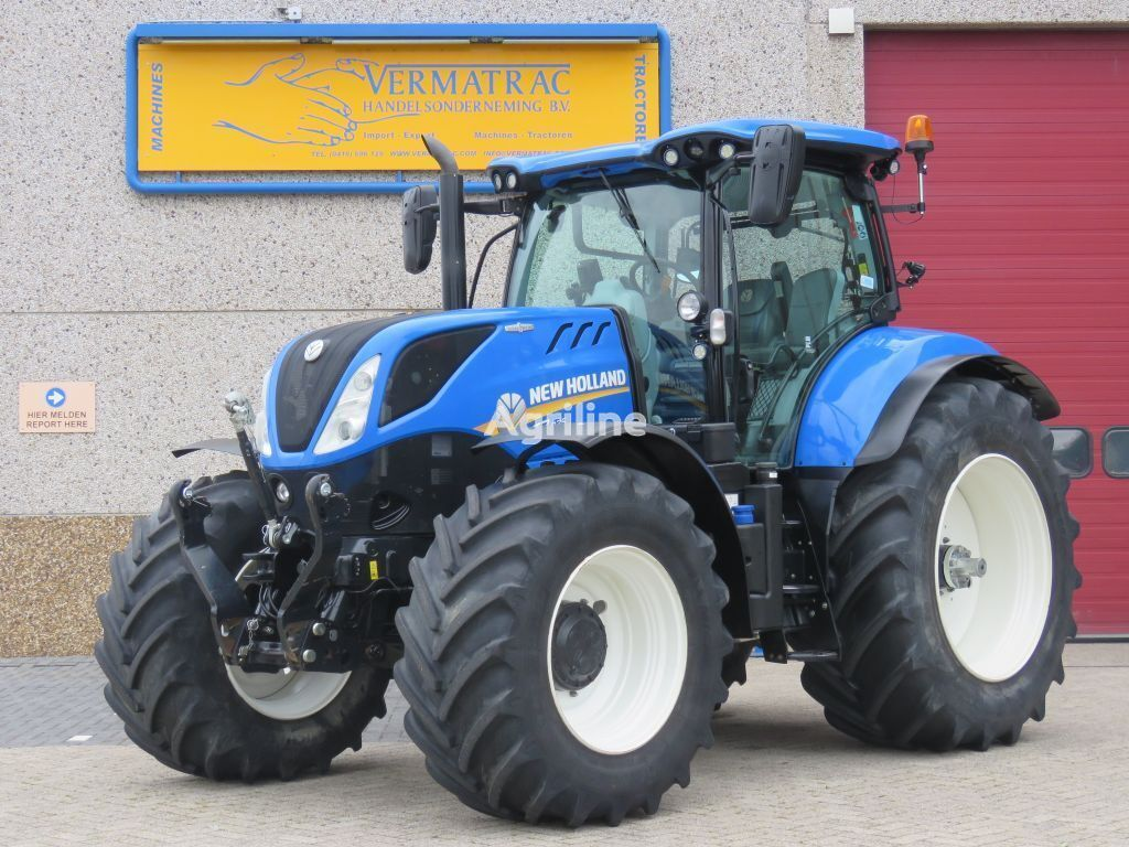 NEW HOLLAND T7.225AC wheel tractor