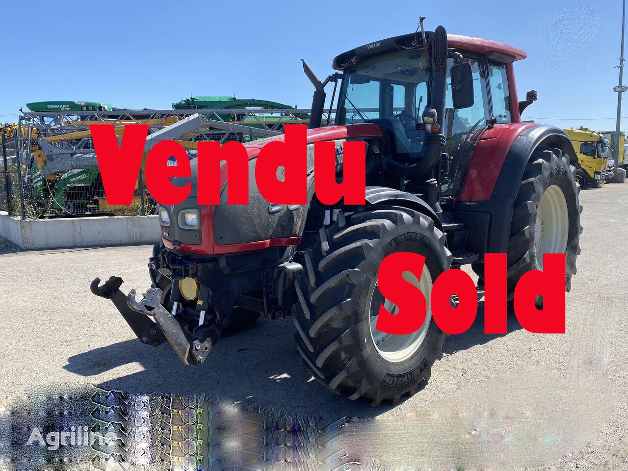 damaged VALTRA T132 VERSU wheel tractor