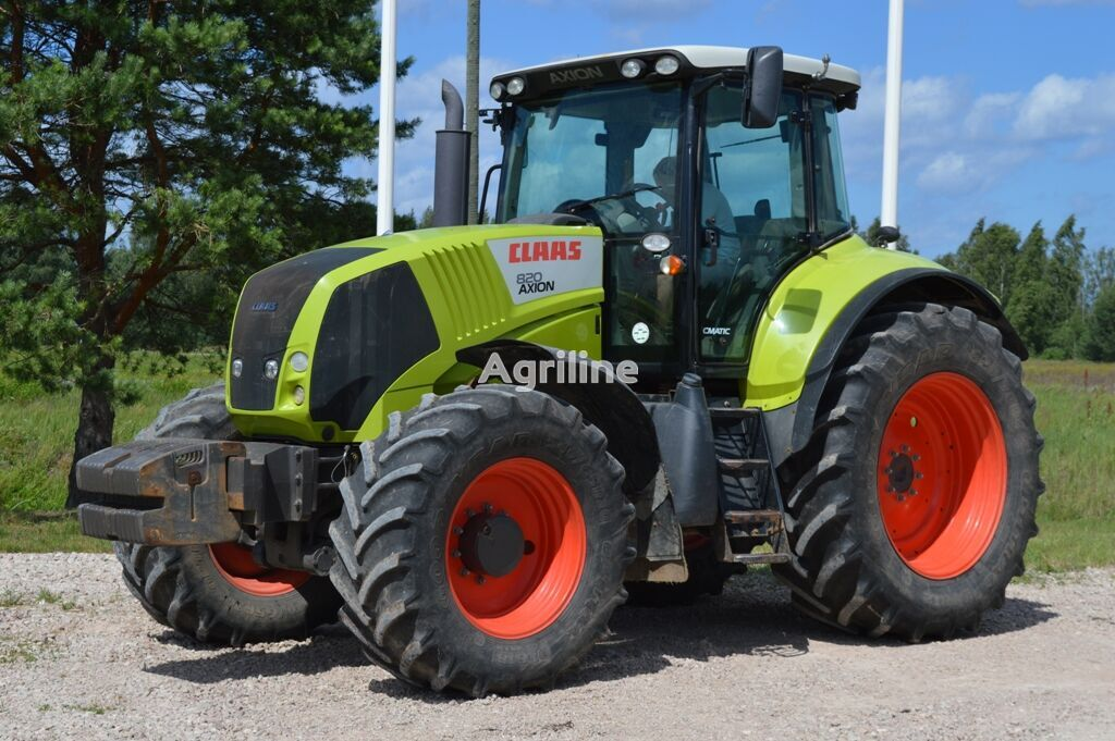CLAAS Axion 820 wheel tractor