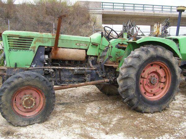 DEUTZ-FAHR D8006 DT wheel tractor