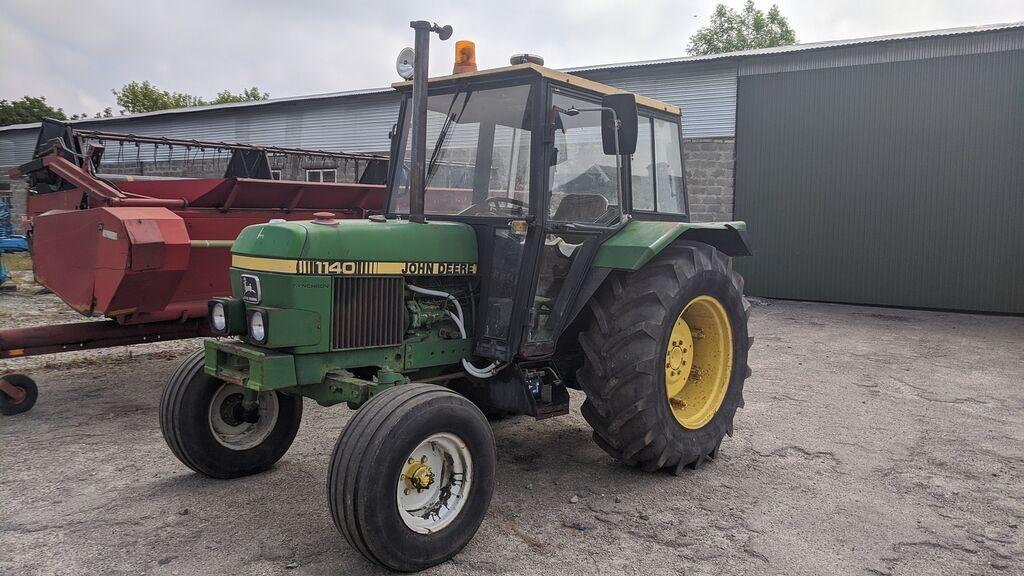 JOHN DEERE 1140 wheel tractor