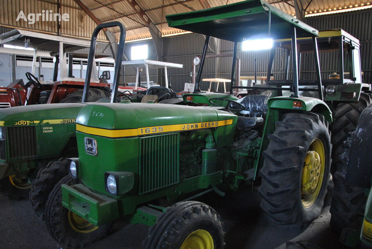 JOHN DEERE 1635 wheel tractor