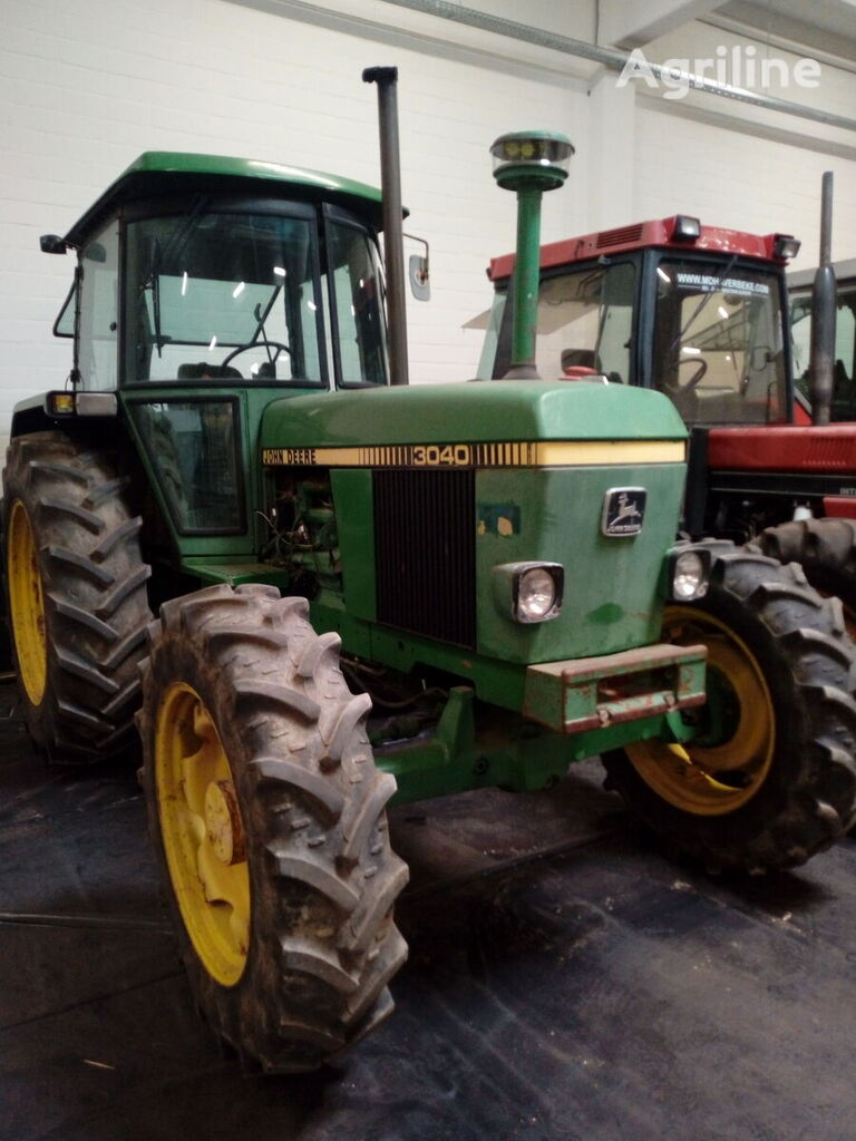 JOHN DEERE 3040 wheel tractor
