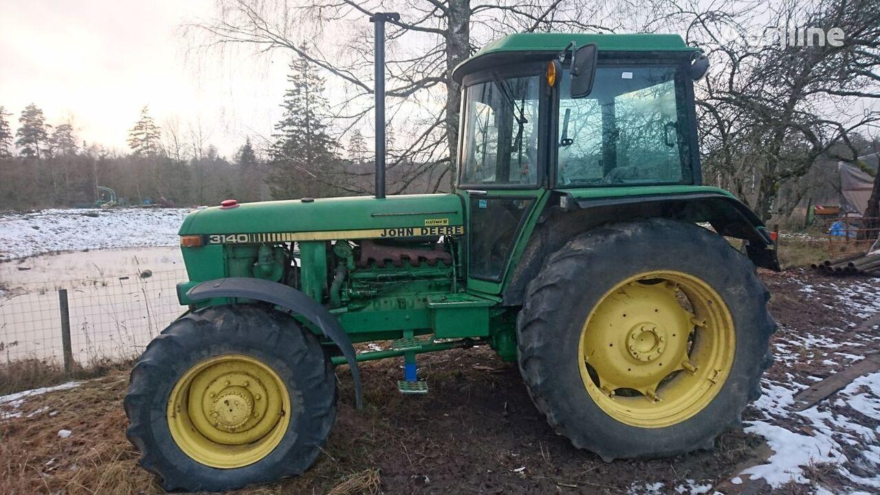 JOHN DEERE 3140 wheel tractor