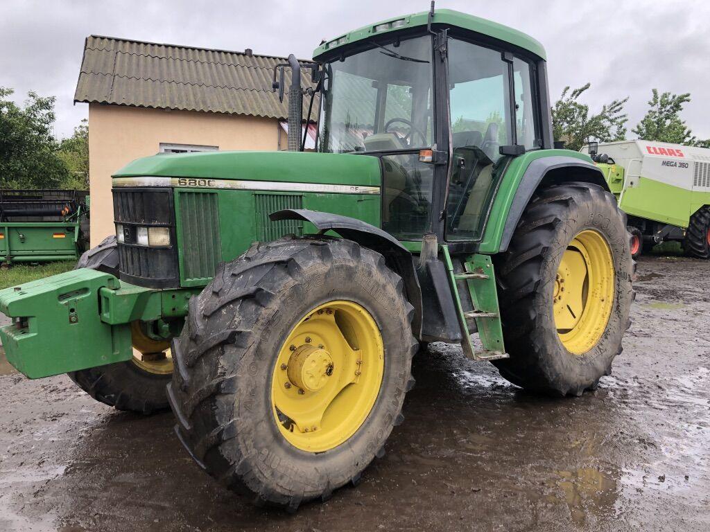 JOHN DEERE 6800 v nayavnosti v Ukrayini wheel tractor