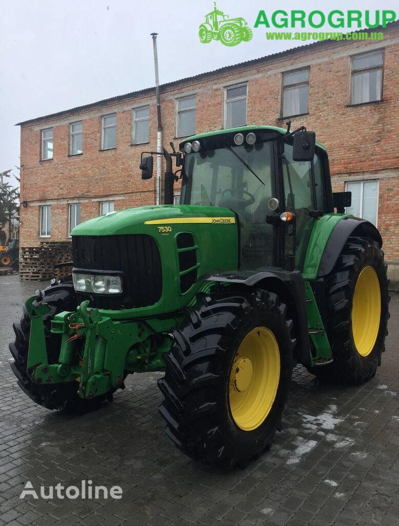 JOHN DEERE 7530 Premium wheel tractor
