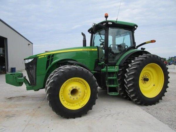 JOHN DEERE  8285R wheel tractor