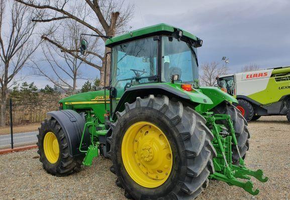 JOHN DEERE 8310 wheel tractor