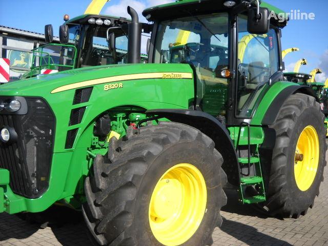 JOHN DEERE 8320 R (NOVYY) wheel tractor