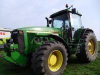 JOHN DEERE 8410 wheel tractor