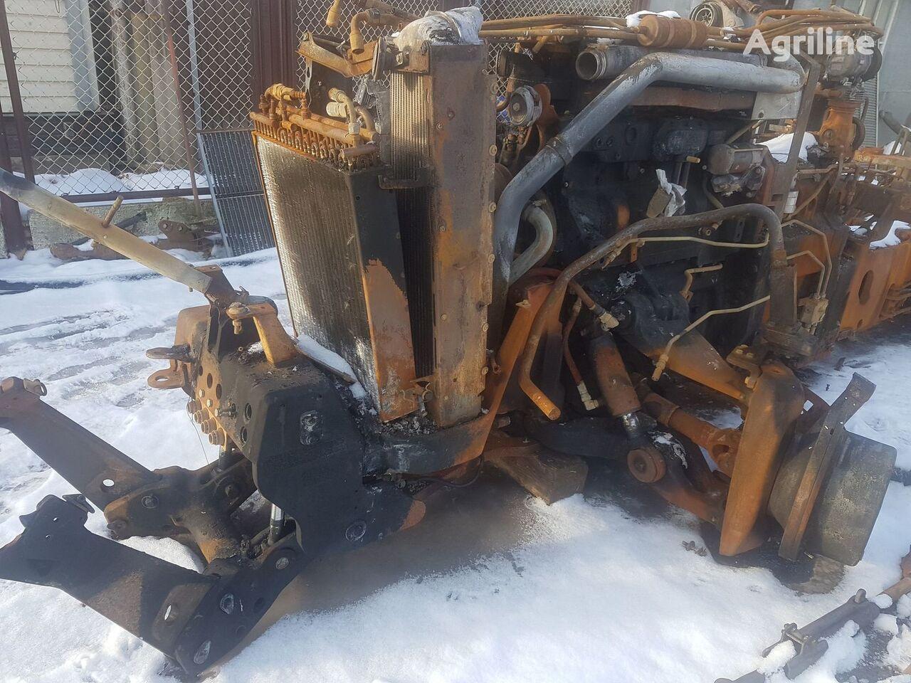 damaged JOHN DEERE 8420 wheel tractor