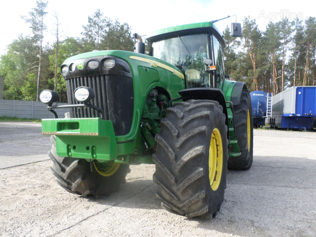 JOHN DEERE 8420 4x4 300 KM  wheel tractor