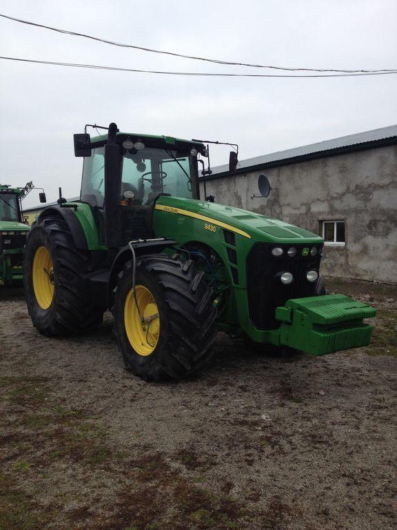 JOHN DEERE 8430 wheel tractor
