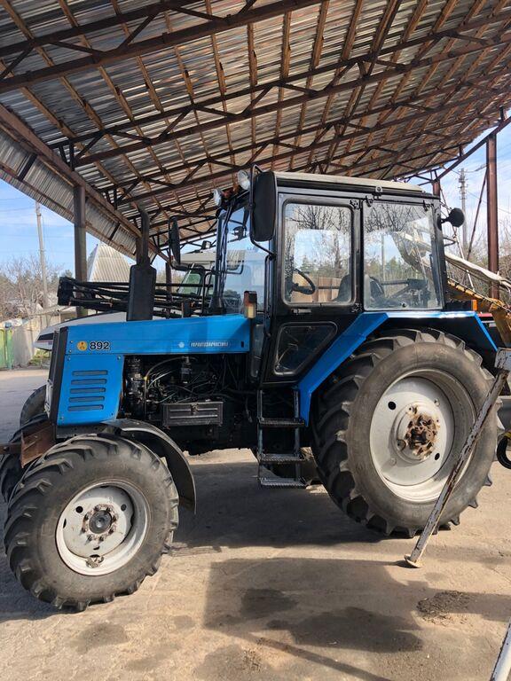 MTZ Belarus 892 wheel tractor