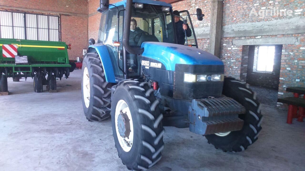 NEW HOLLAND 8560 wheel tractor