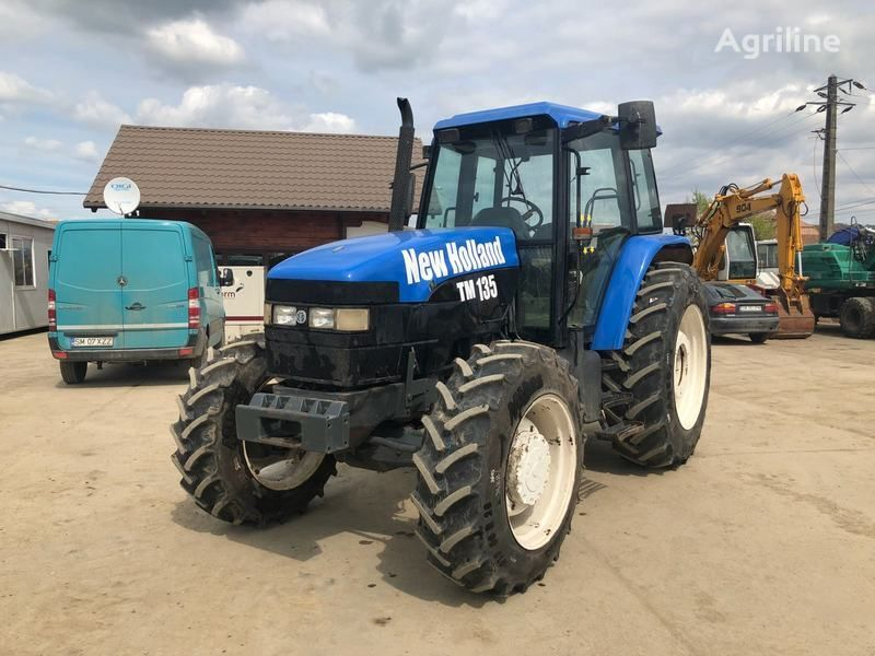 NEW HOLLAND M135 wheel tractor