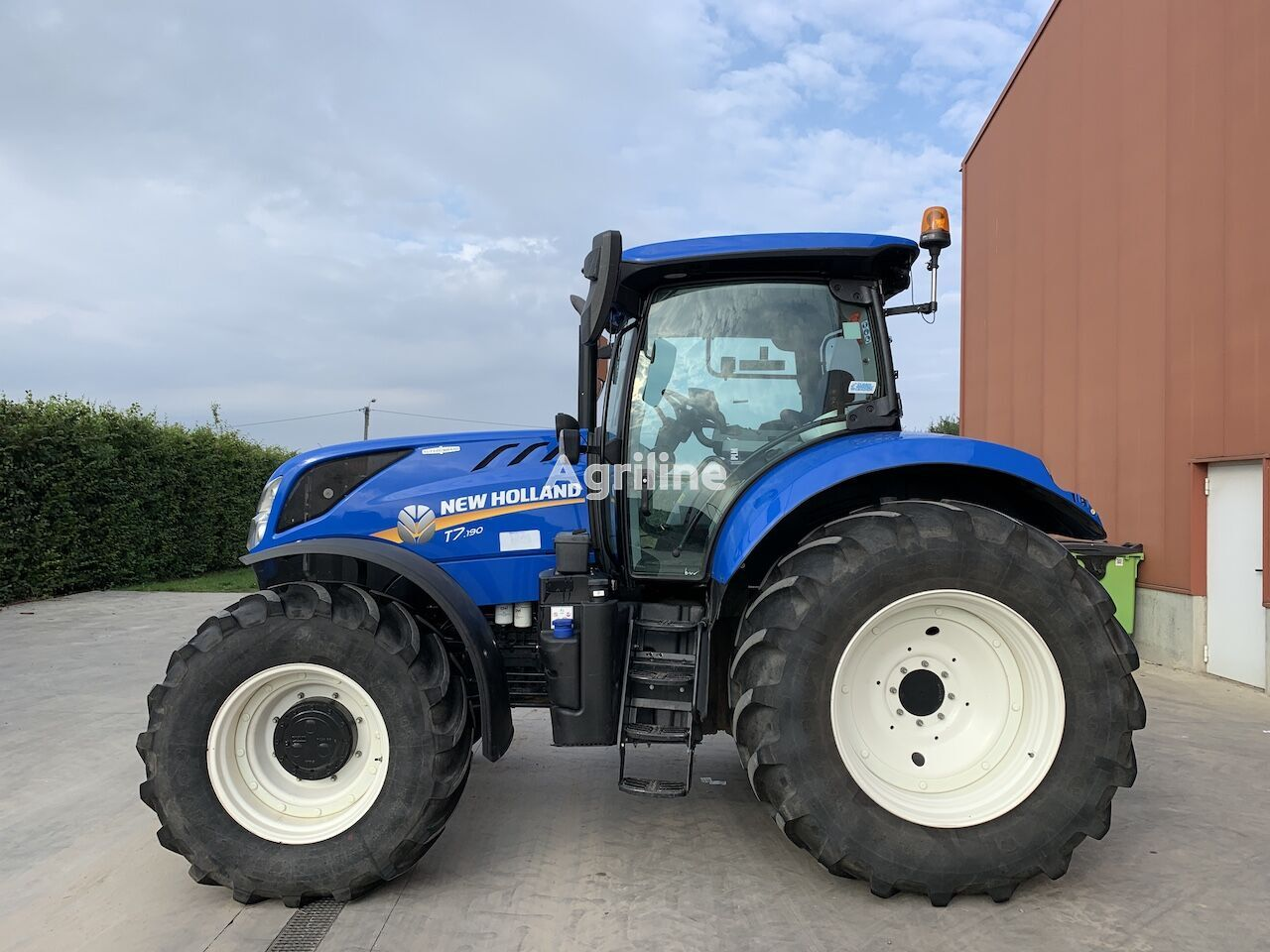 NEW HOLLAND T7.190 AUTOCOMMAND wheel tractor