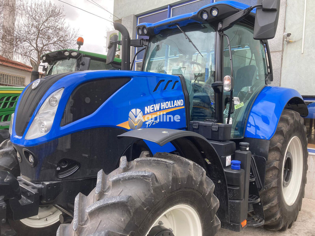 NEW HOLLAND T7.210 wheel tractor