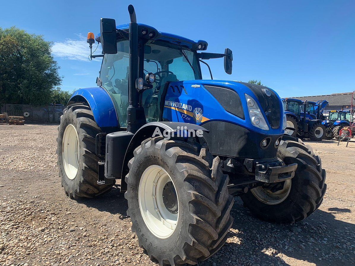 NEW HOLLAND T7.210 Auto Command wheel tractor