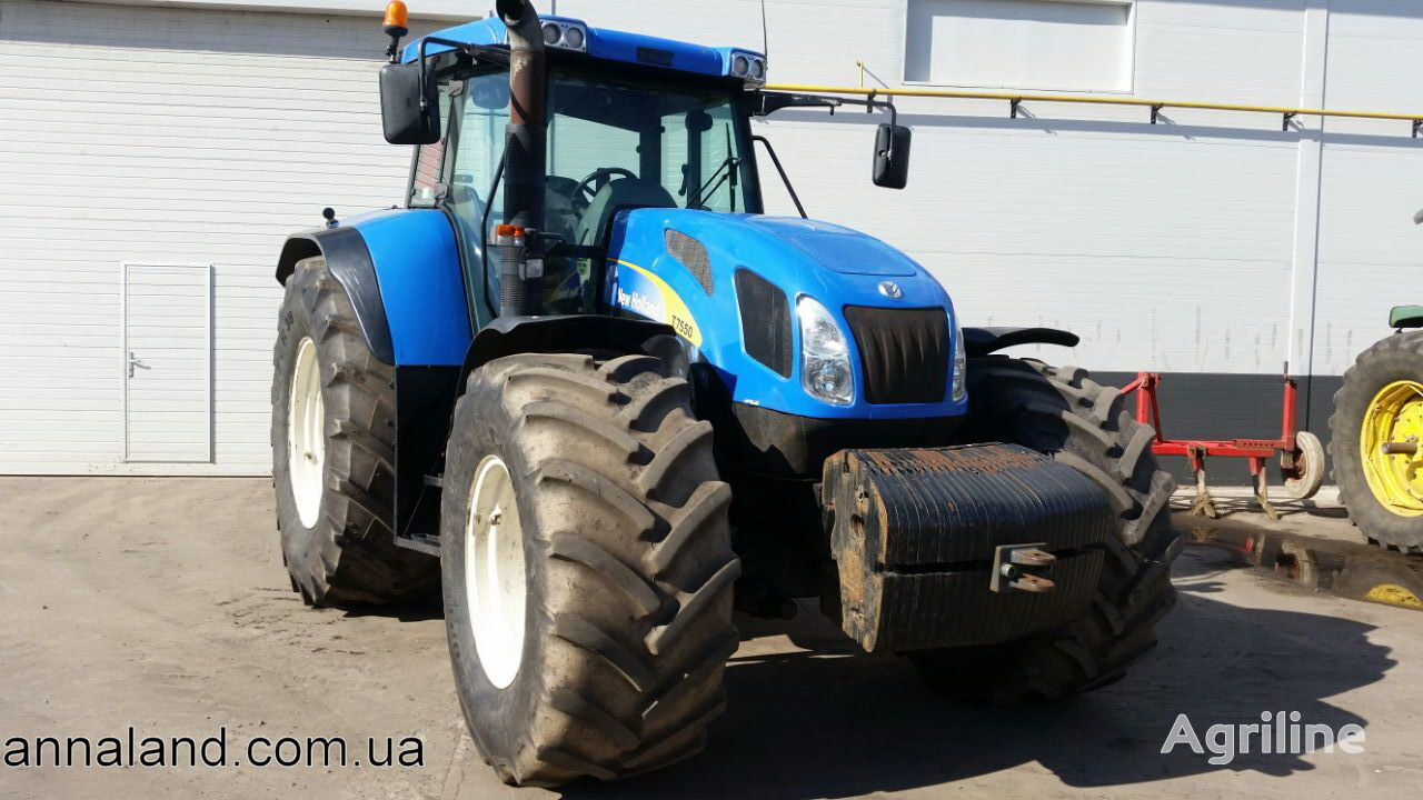 NEW HOLLAND T7550 wheel tractor