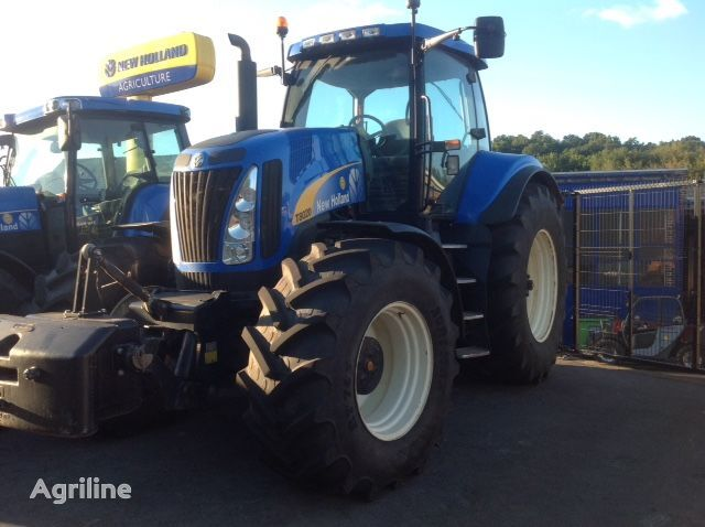NEW HOLLAND T8020 ULTRA COMMAND wheel tractor