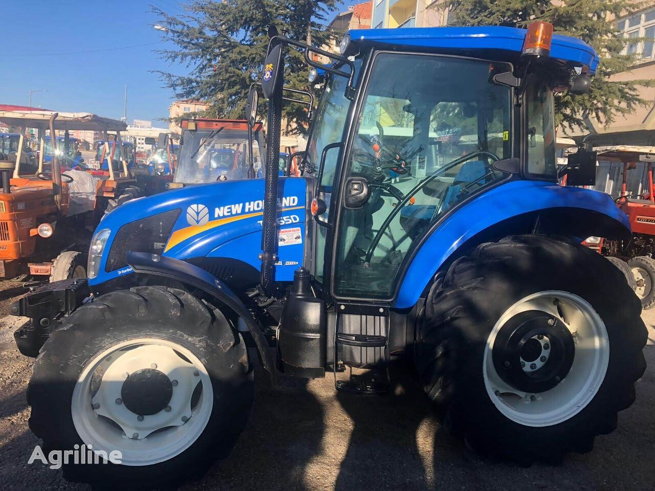NEW HOLLAND TD65D wheel tractor