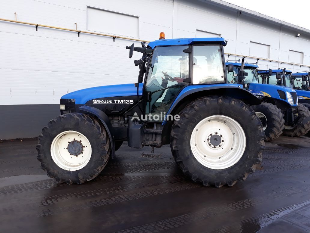 NEW HOLLAND TM135 wheel tractor
