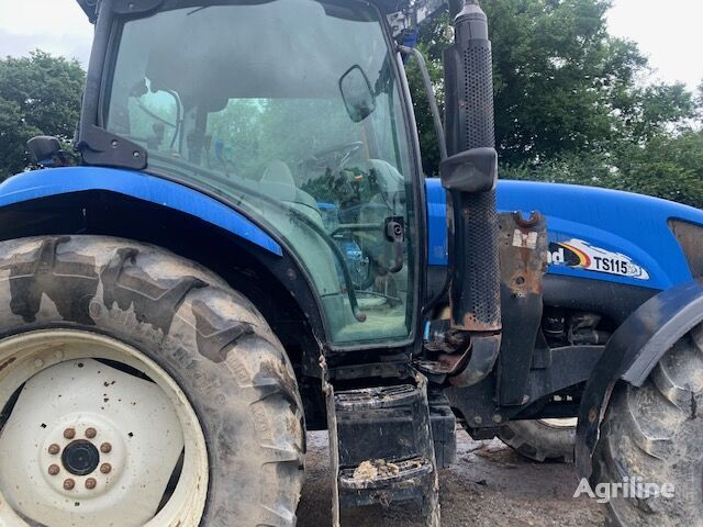 NEW HOLLAND TS115 wheel tractor
