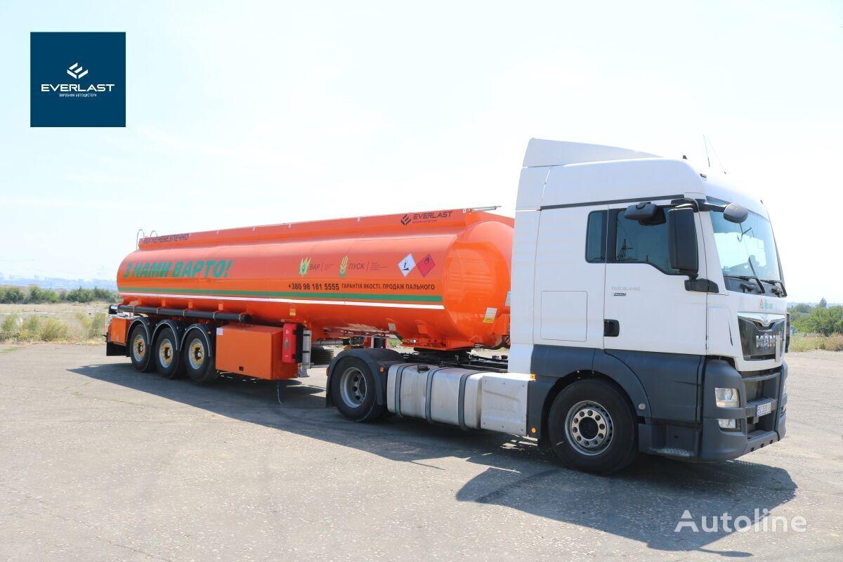 new EVERLAST Benzovoz fuel tank trailer