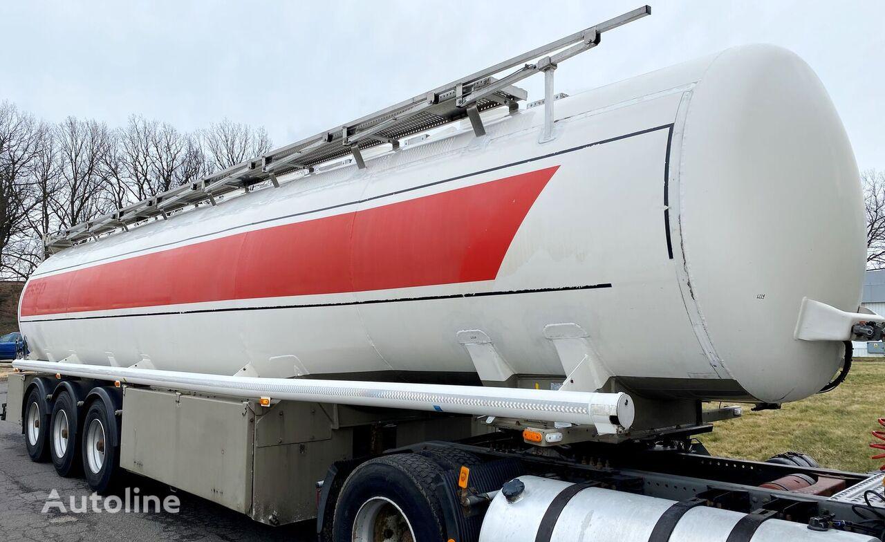 KASSBOHRER STB mit 8 Kammern fuel tank trailer