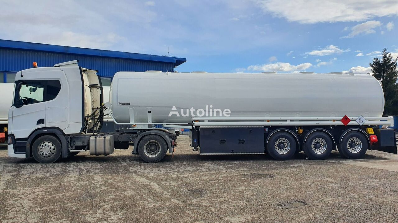 new WILLIG 3TSA fuel tank trailer