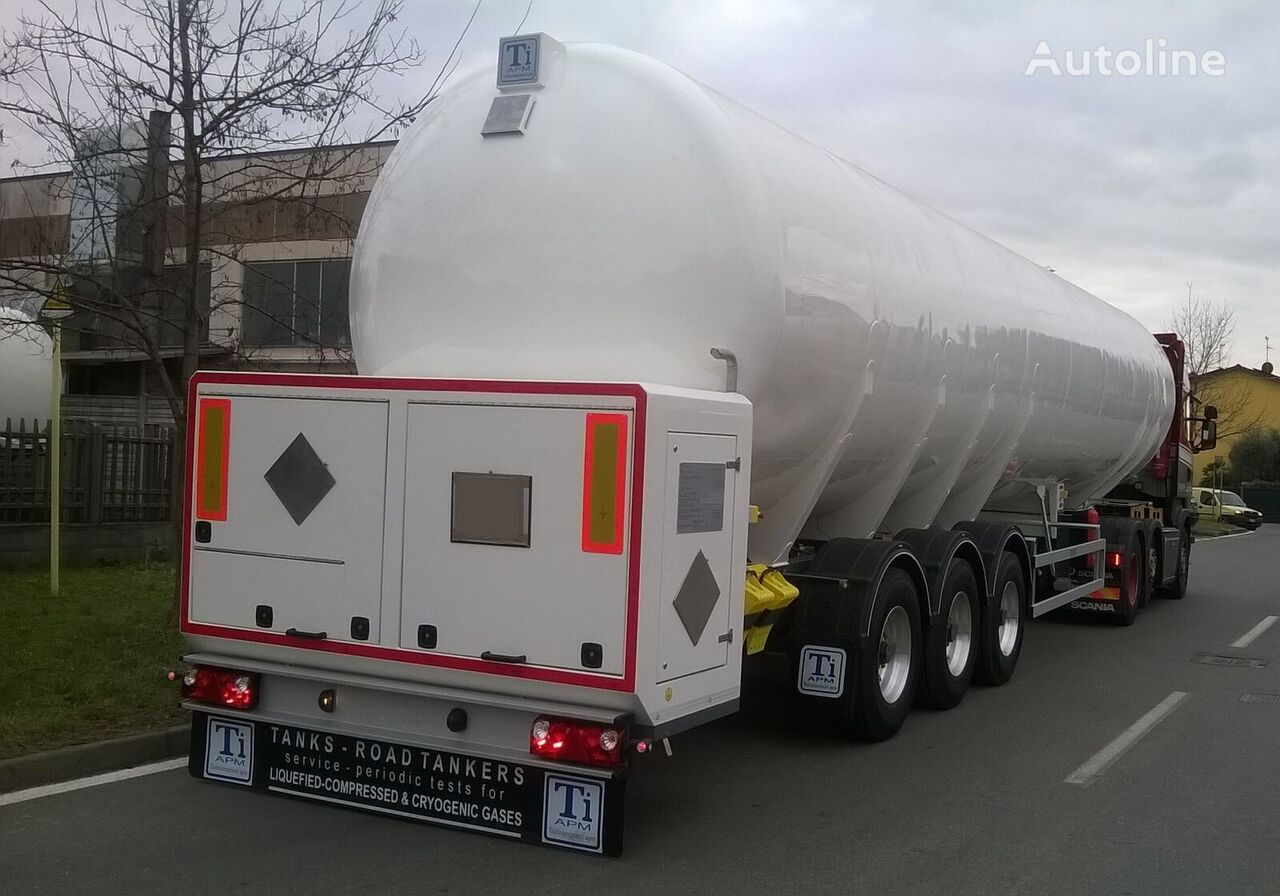 new TiAPM ITALY/ LNG gas tank trailer