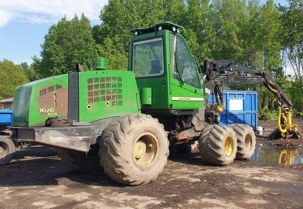 JOHN DEERE 1070 D ecoIII (+180 S +H 754 harvester