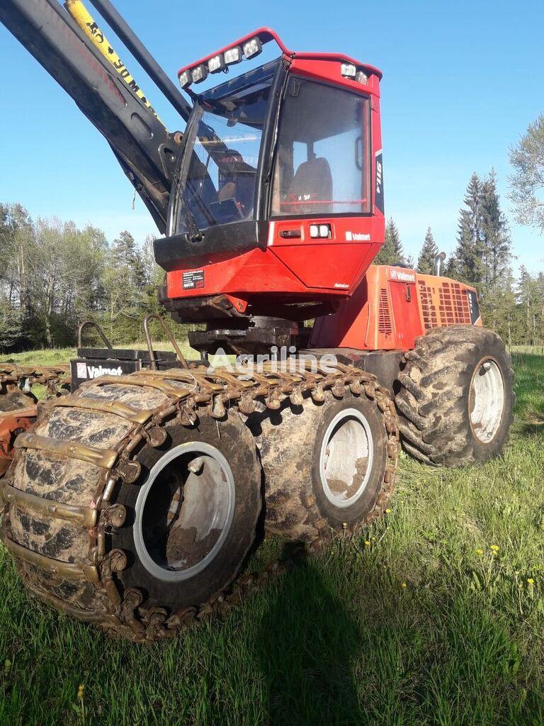 VALMET 911.4 harvester