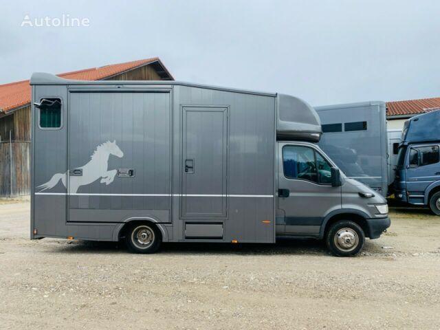 IVECO Pferdetransporter horse transporter