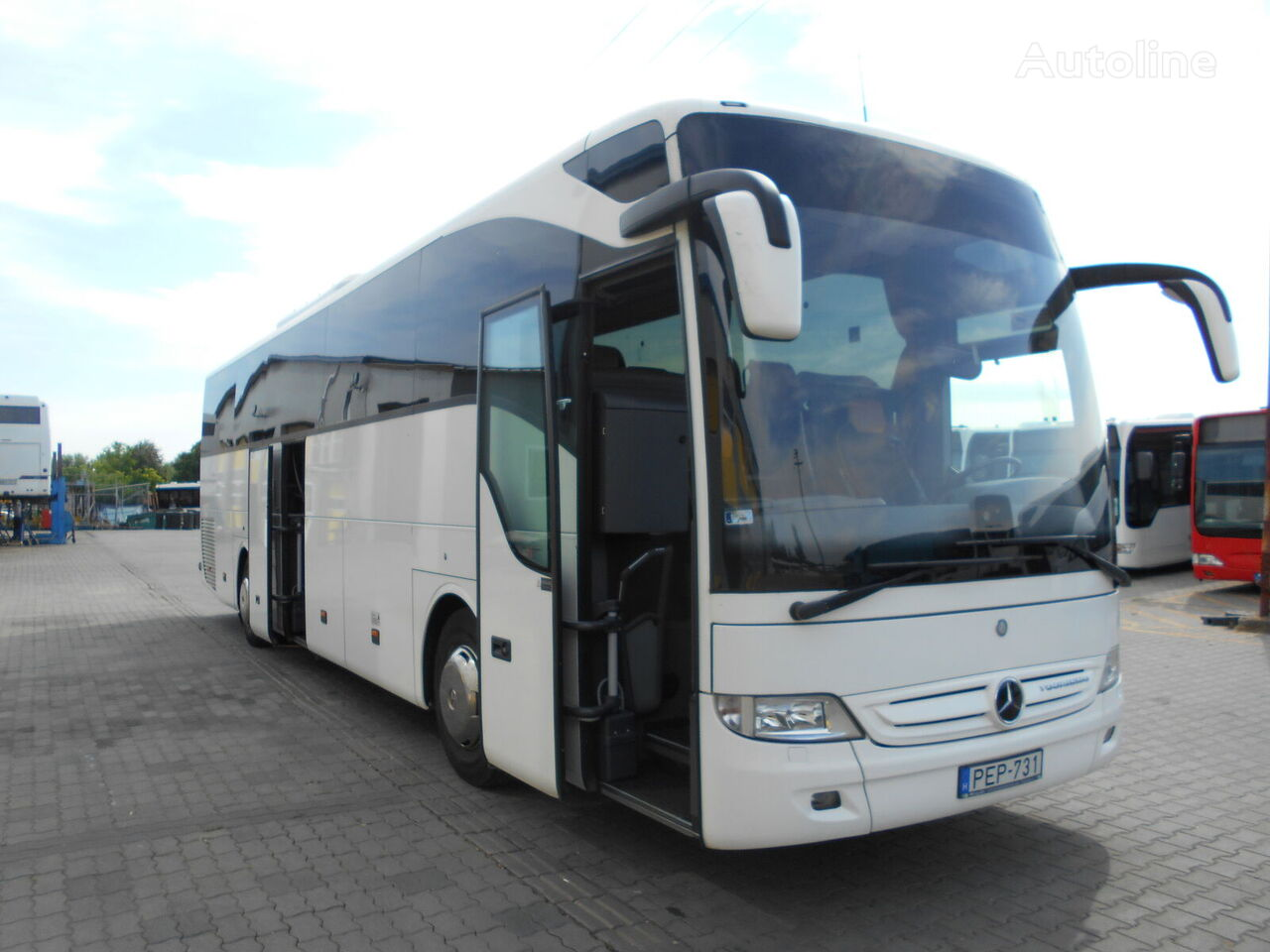 MERCEDES-BENZ Tourismo 15 RHD - Euro 6 - 3 db. interurban bus