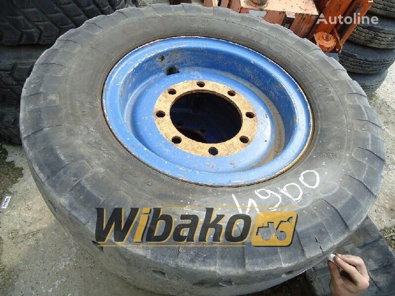 Michelin 9/20 light truck tire