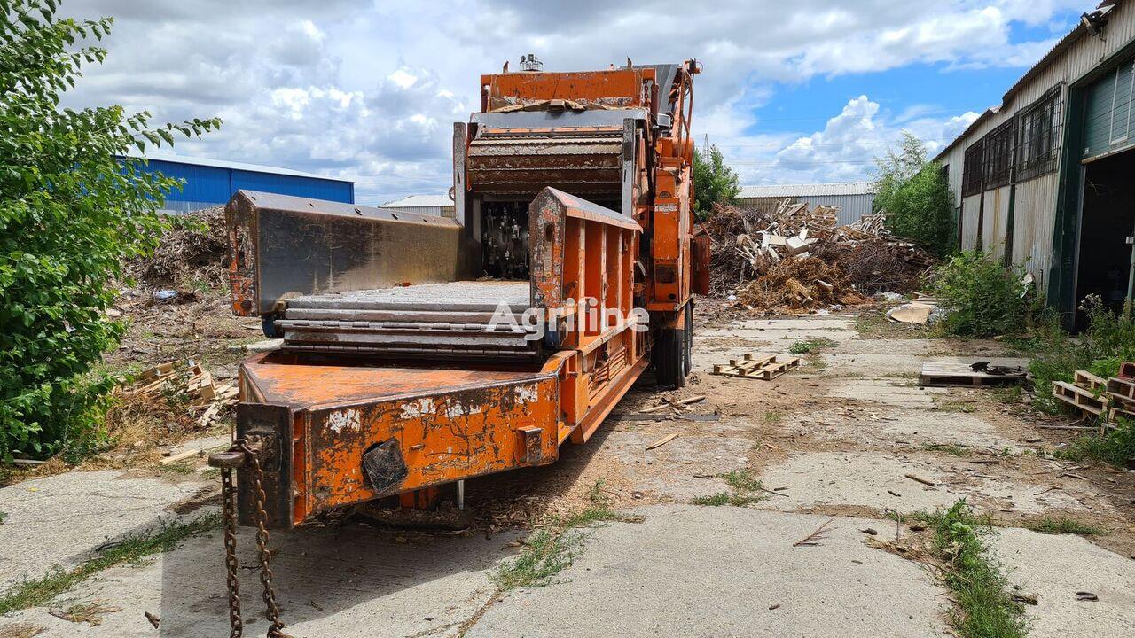 Bandit Beast 2680 log splitter