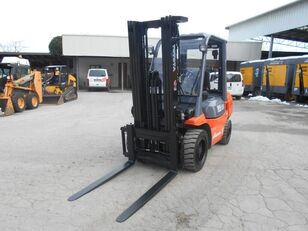 TOYOTA forklifts for sale from Italy, buy new or used TOYOTA