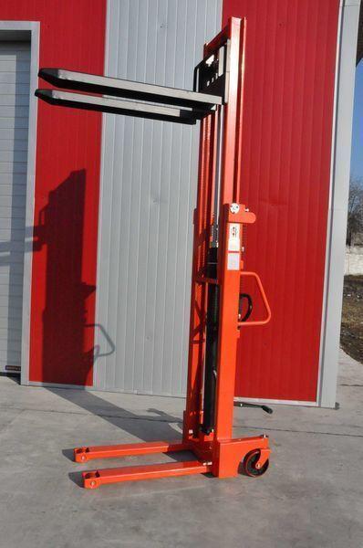 new Leistunglift SFHD1025 pallet stacker