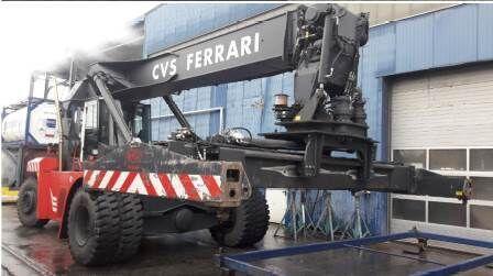 CVS Ferrari F500 RSE reach stacker