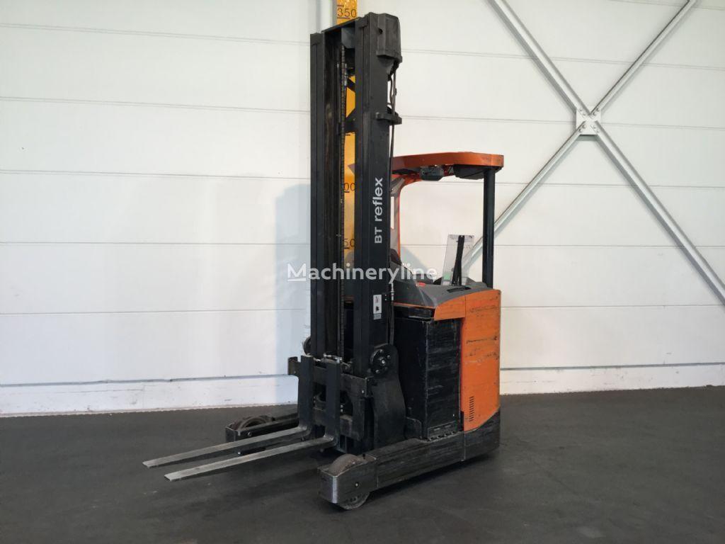 BT RRE140 reach truck