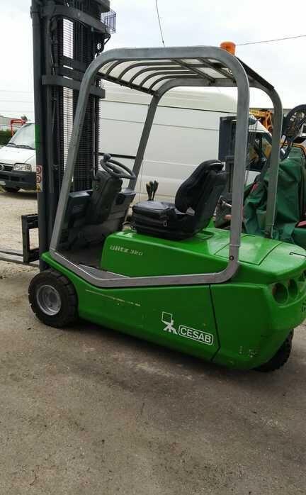 CESAB Blitz 320 three-wheel forklift