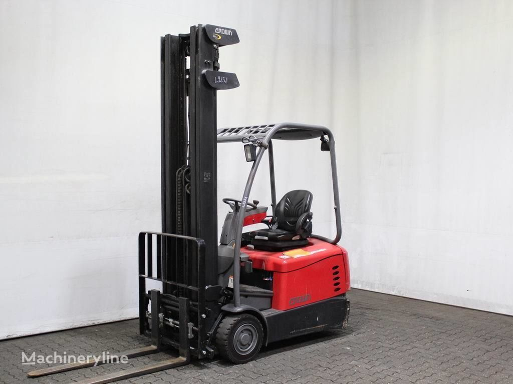 CROWN SC 5320-1.6 three-wheel forklift