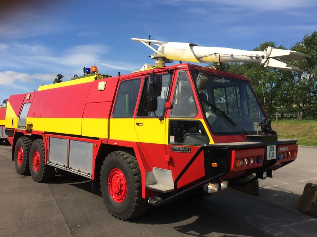 ANGLOCO PROTECTOR 6X6 10,000LTRS airport fire truck