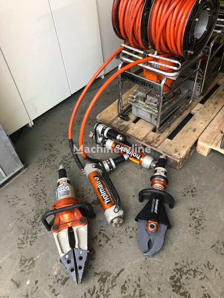 Jaws of life - Holmatro - rescue tools fire fighting equipment